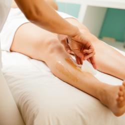 depilación de piernas en las palmas
